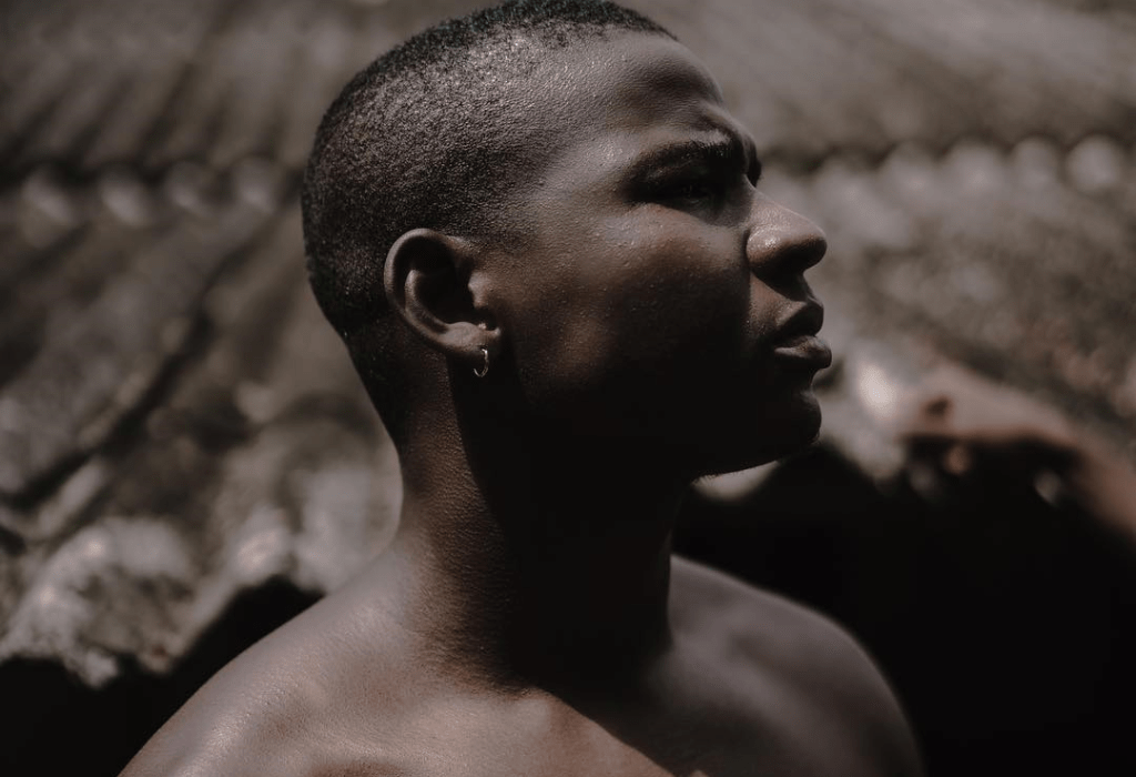 KwakuBS Explores the Intricacies of Love on First Single Off ALT Project
