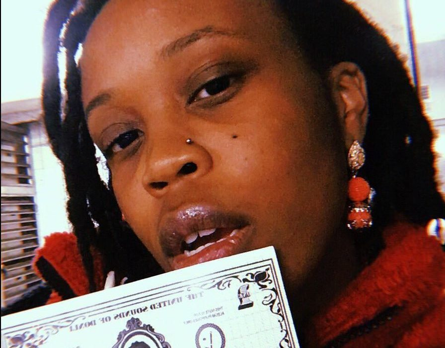 """Lady Donli's """"Cash"""" is a Highlife Infused Money-Making Anthem!"""