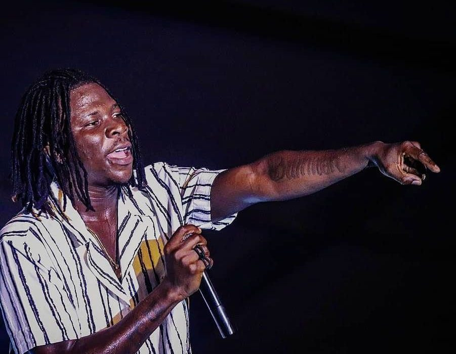 "Stonebwoy Wins ""Best African Reggae/Dancehall Entertainer"" at the 2020 IRAWMAs"