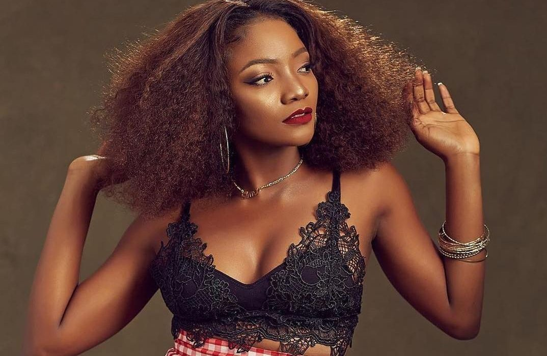 """Simi Flashes Baby Bump in Visuals of Intoxicating Lullaby """"Duduke"""""""