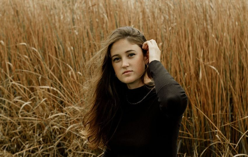 """Discover the Dynamic Sound of Madison Hughes With Her New Release """"Easy Way"""""""