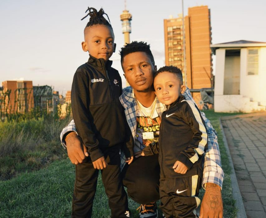 Emtee's 'Logan' Album Tops the South African Apple Music Charts