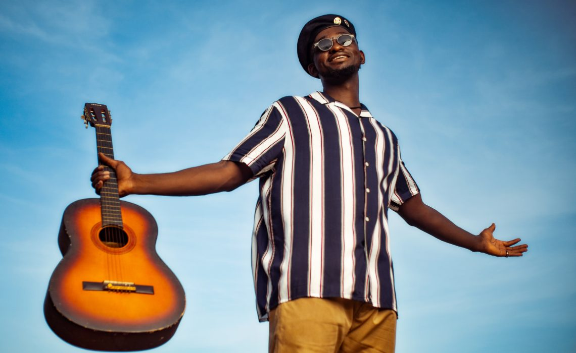 Interview: Afrofusion Singer Avit Talks About the Creative Process of his New EP 'Feeling Fine'